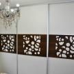 Stela s dekoračným panelom