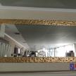 Zrkadlo - zlatý rám