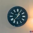 Kovové čierne hodiny KENSINGTON - 735815TRE